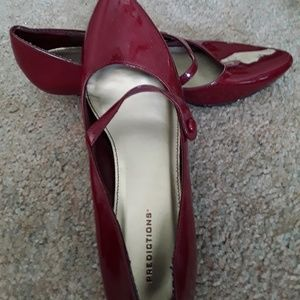 Predictions patent red low heel pump size 7.5